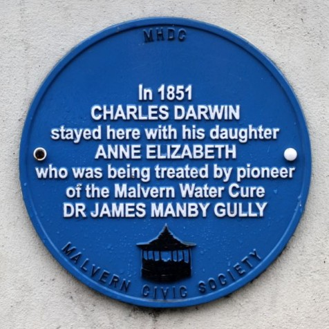 Plaque to Charles and Anne Darwin (Photo:Tim Jones)