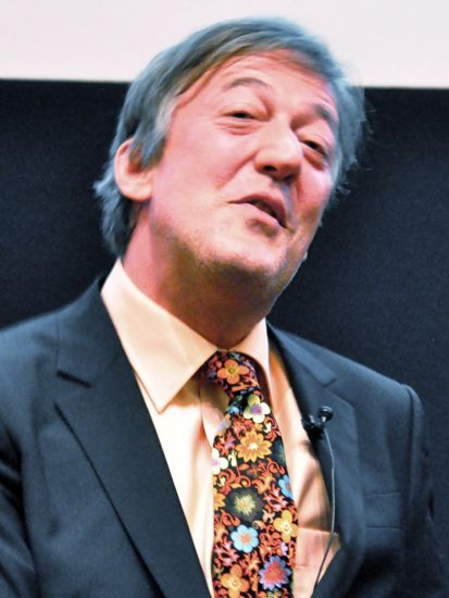 Stephen Fry at the Harper Collins History Lecture (photo Sven Klinge)