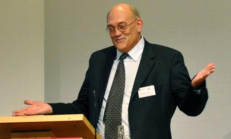 Dr Malcolm Fridlund