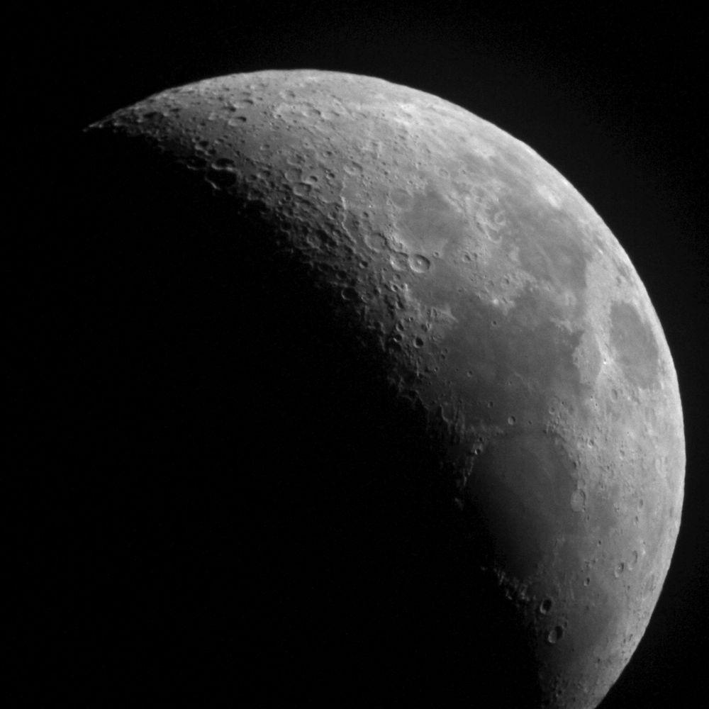 Moon. ETX-90 prime focus, Canon 7D