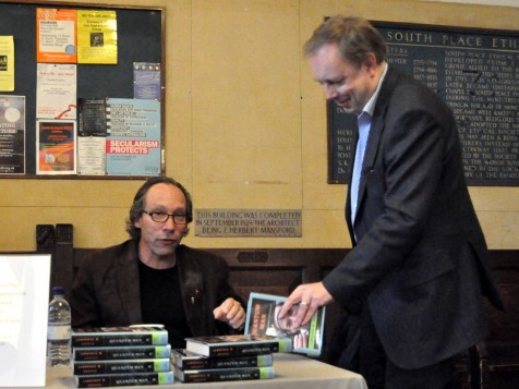 Lawrence Krauss and Tim Jones Photo Sven Klinge
