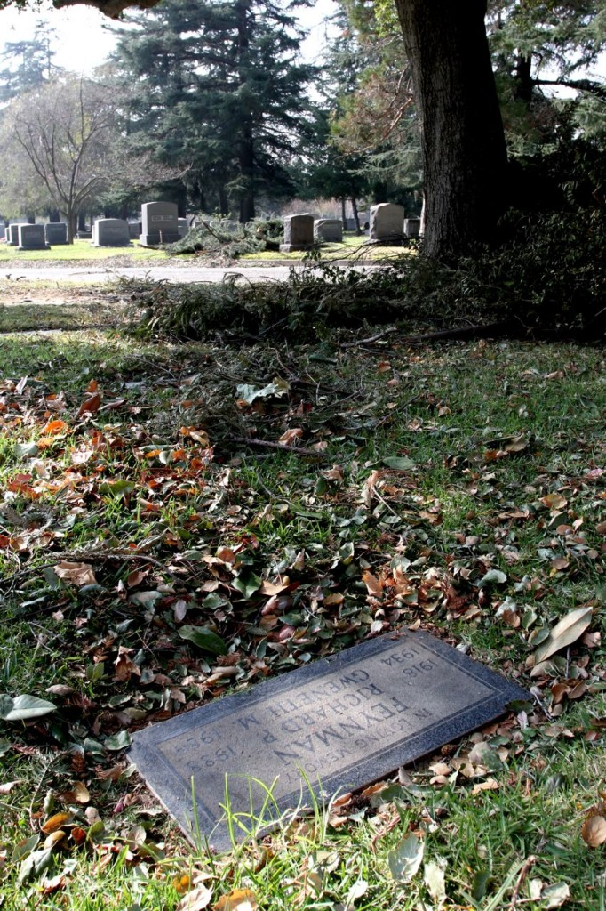 Richard Feynman's Grave (Photo:Tim Jones)