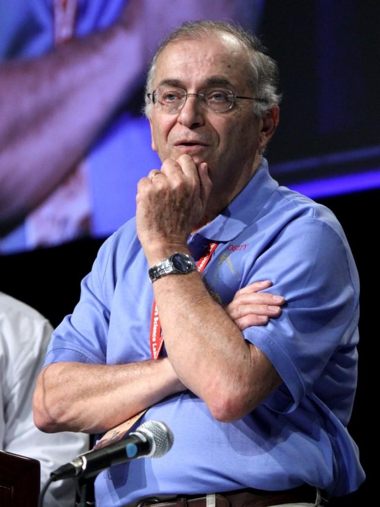 Dr Charles Elachi, Director Jet Propulsion Laboratory