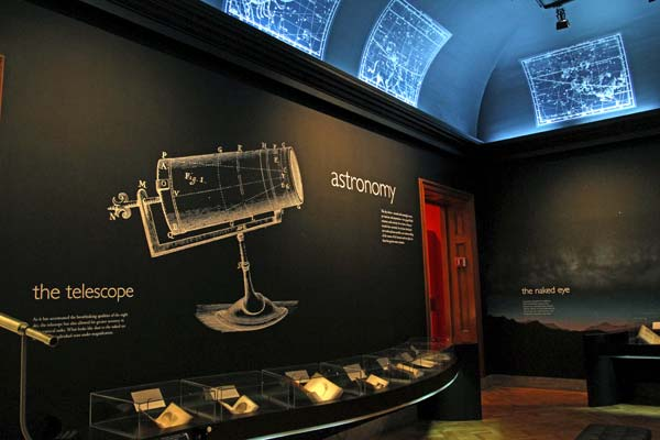Hale would have approved of the astronomy gallery at the Huntington Library ©Tim Jones